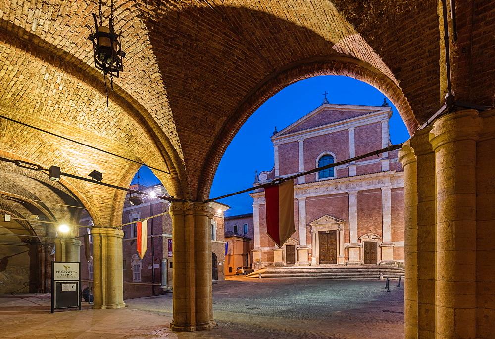 Piazza Papa Giovanni Paolo II and Cattedrale di San Venanzio, Fabriano, Ancona, Marche, Italy, Europe