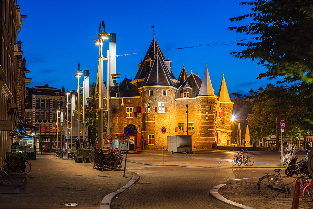 Nieuw Markt Square, Amsterdam, North Holland, The Netherlands, Europe - 1292-1443