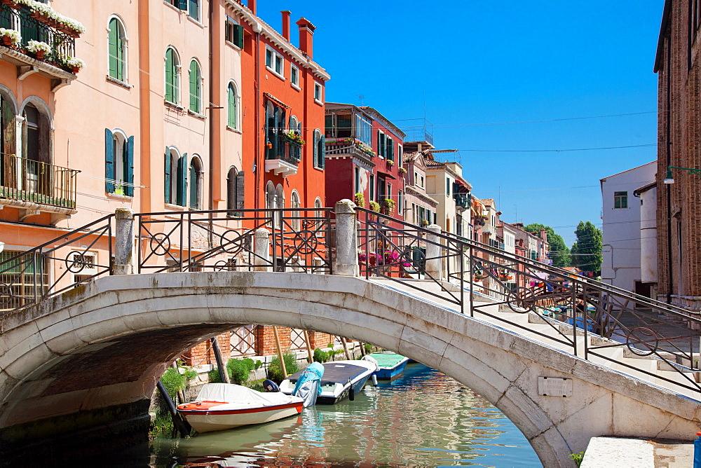 Fondamenta di Sant'Anna, Sestiere di Castello , Venice, Veneto, Italy, Europe - 1292-1478