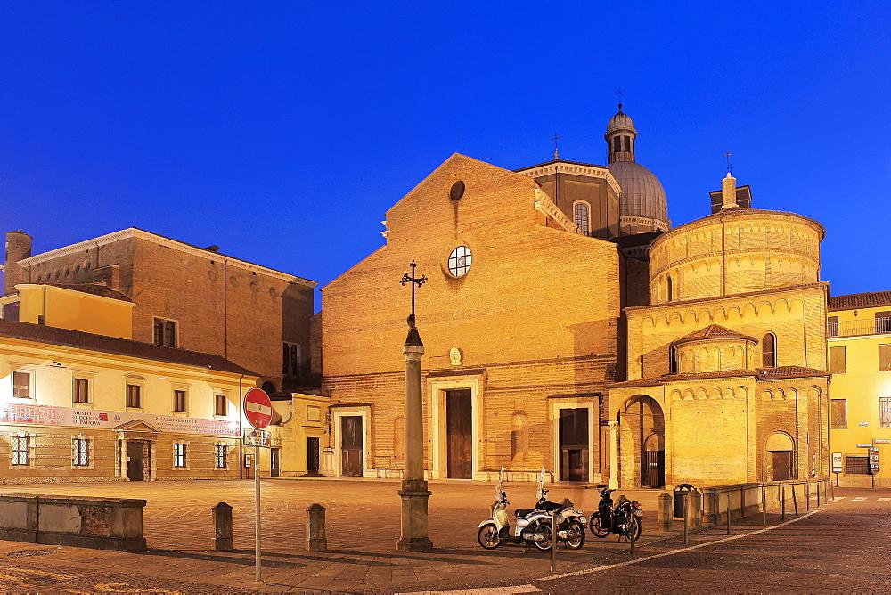 Padua Cathedral, Padua, Veneto, Italy, Europe - 1292-1482