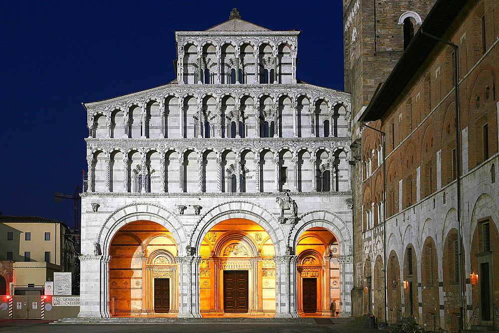 The Cathedral of San Martino, Lucca, Tuscany, Italy, Europe - 1292-1516