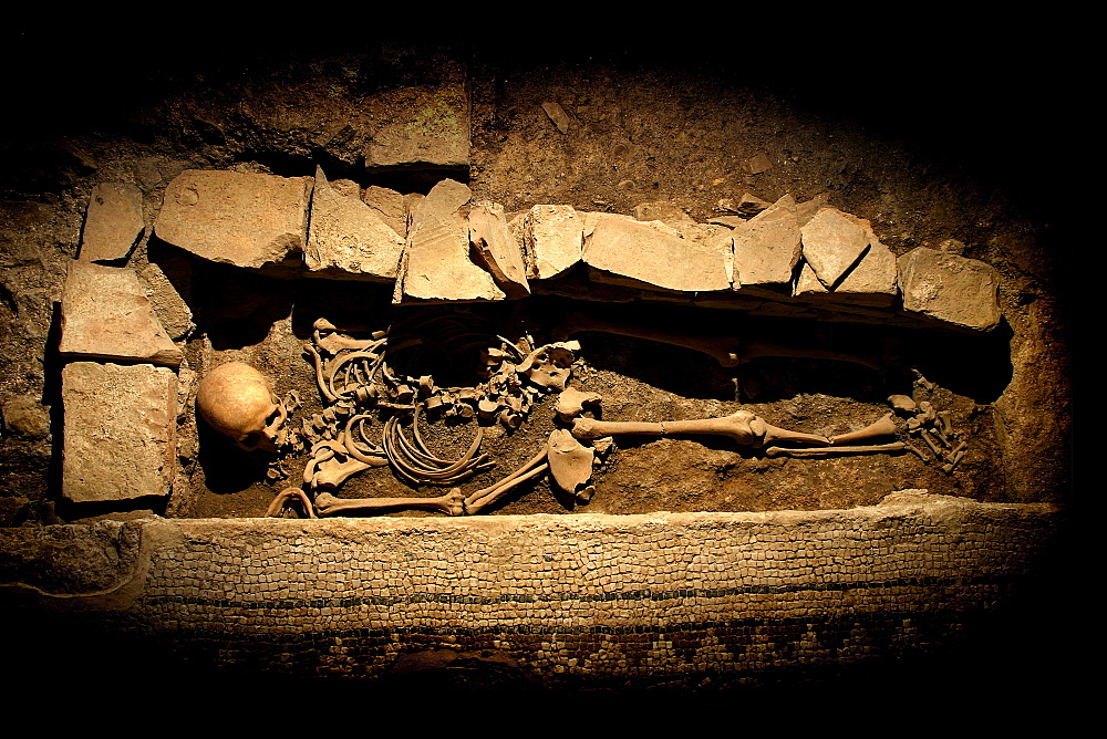 Early medieval burials in the late antique building area between 6th and 7th century BC, The Surgeon's Domus (Domus del Chirurgo), Rimini, Emilia Romagna, Italy, Europe