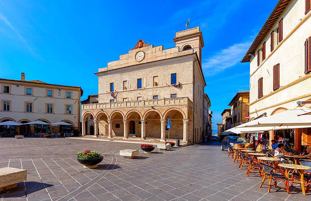 City Hall, Piazza del Comune, Montefalco, Perugia, Umbria, Italy
