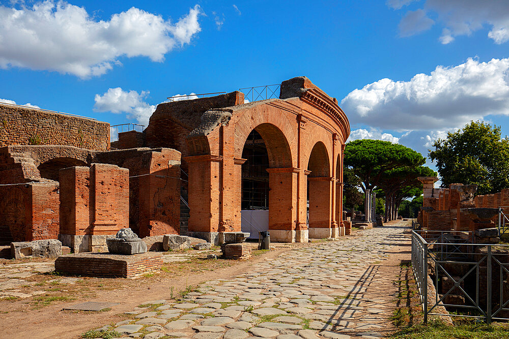 The theatre, Ostia Antica, Rome, Lazio, Italy, Europe - 1292-1686