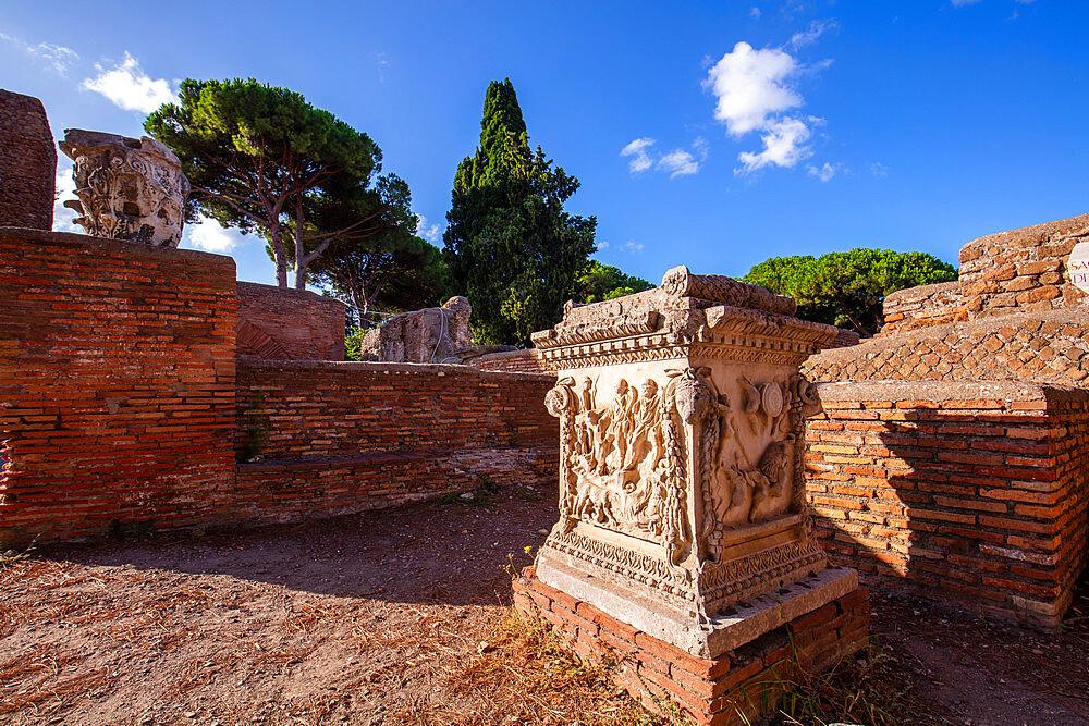 Piazzale delle Corporazioni, Ostia Antica, Rome, Lazio, Italy, Europe - 1292-1689