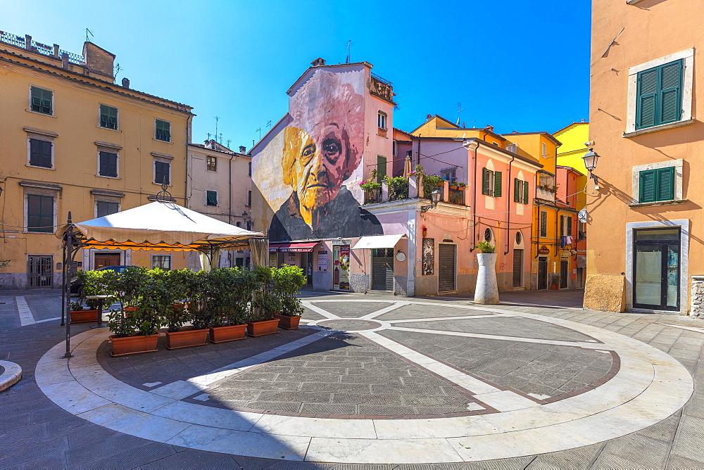 Piazza delle Erbe, Carrara, Tuscany, Italy, Europe