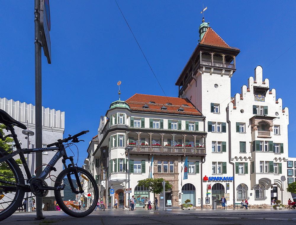 Kufstein-Sparkasse Building, Kufstein, Tyrol, Austria, Europe