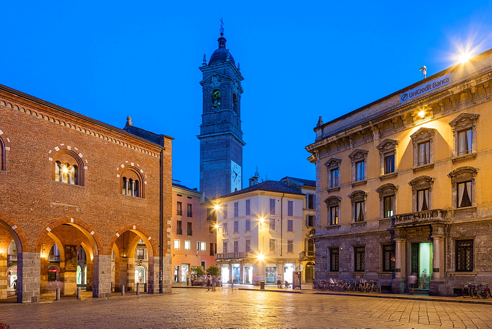 Piazza Roma, Monza, Lombardy, Italy, Europe