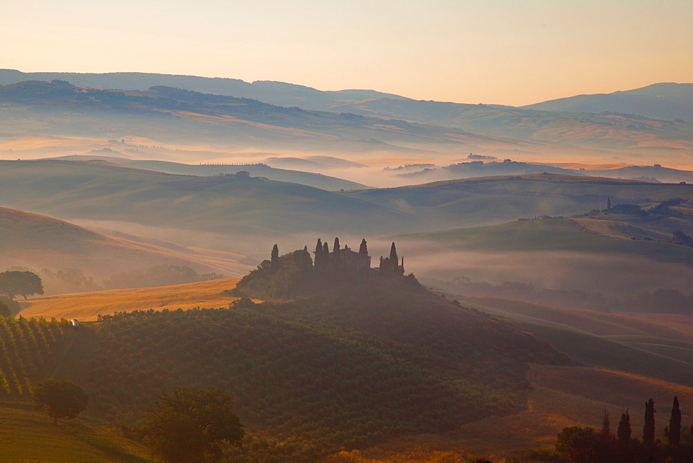 Montalcino, Val d'Orcia, UNESCO World Heritage Site, Tuscany, Italy, Europe