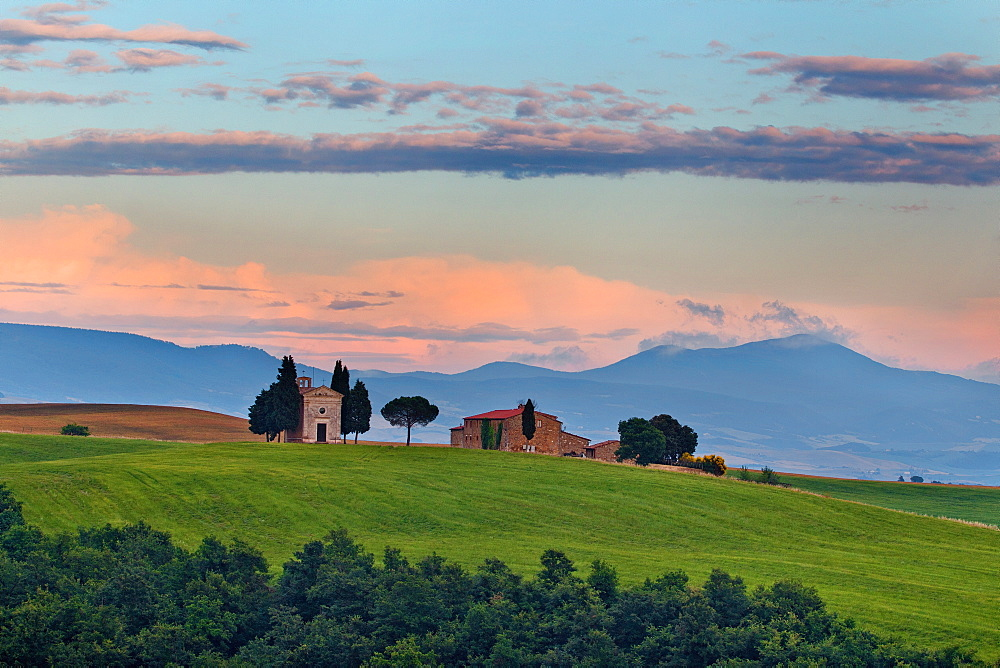 Vitaleta Church, San Quirico d'Orcia, Val d'Orcia, UNESCO World Heritage Site, Tuscany, Italy, Europe