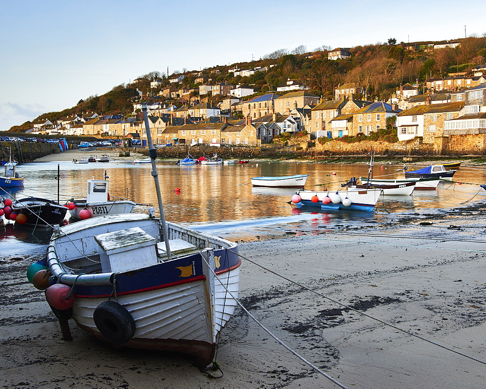 The picturesque fishing village of Mousehole, Cornwall, England, United Kingdom, Europe - 1295-293