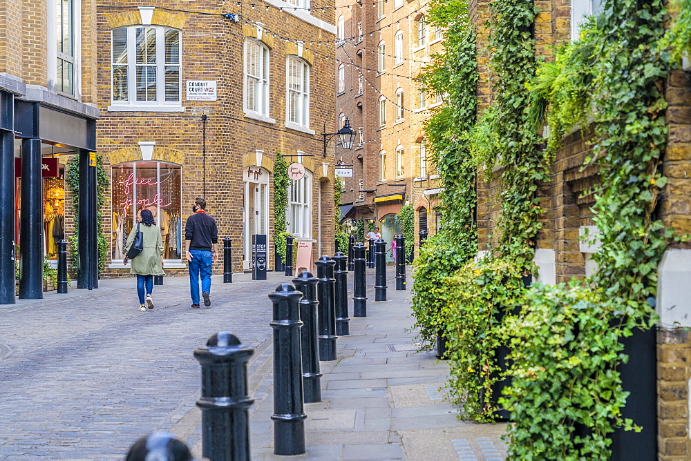 A street scene in Covent Garden, London, England, United Kingdom, Europe