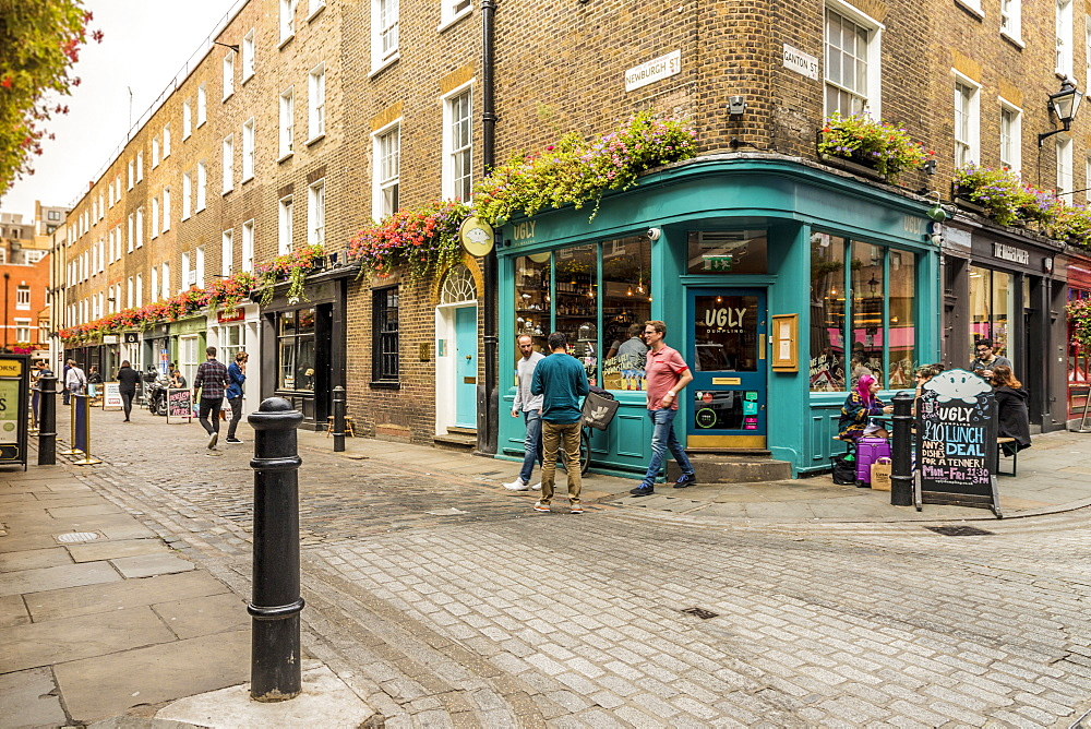 A typical street in the Newburgh Quarter area in Soho, London, England, United Kingdom, Europe. - 1297-203