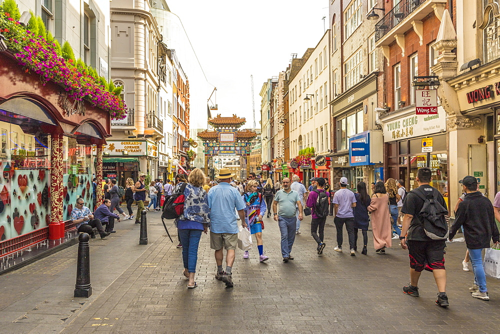 A view of Chinatown in Soho, London, England, United Kingdom, Europe. - 1297-211