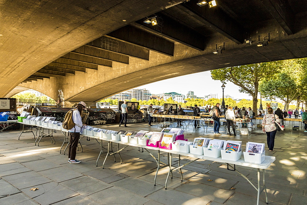 A second hand book stall on the South Bank, London, England, United Kingdom, Europe