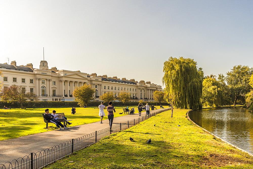 Regents Park in London, England, United Kingdom, Europe. - 1297-370