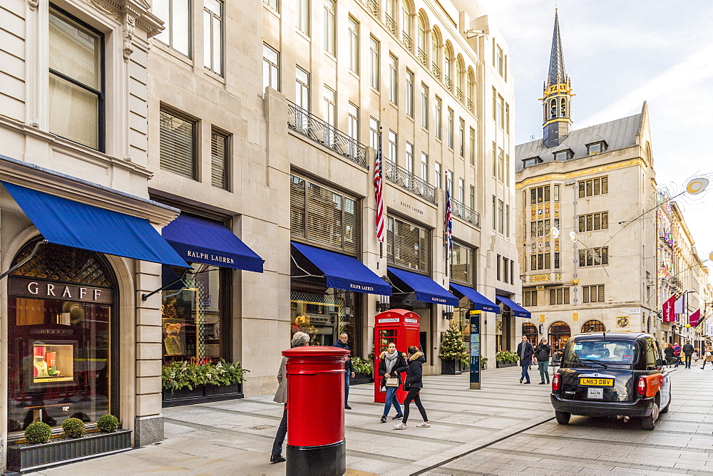 New Bond Street in Mayfair, with its elegant stores and luxury brands, in London, England, United Kingdom , Europe. - 1297-472