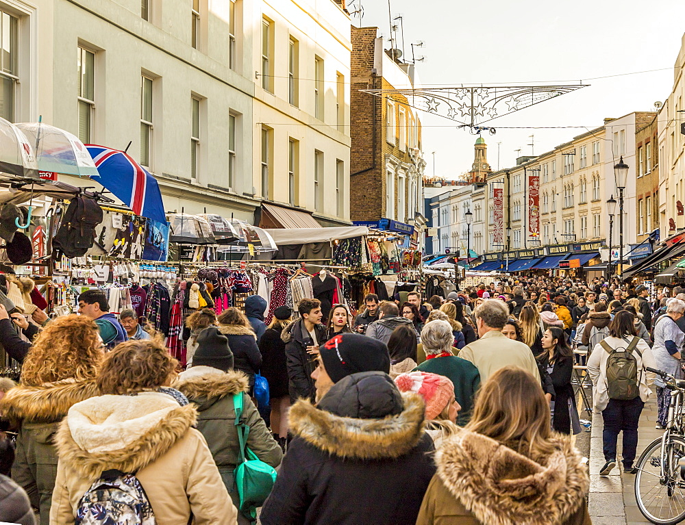 Portobello Road market, in Notting Hill, in London, England, United Kingdom, Europe. - 1297-480