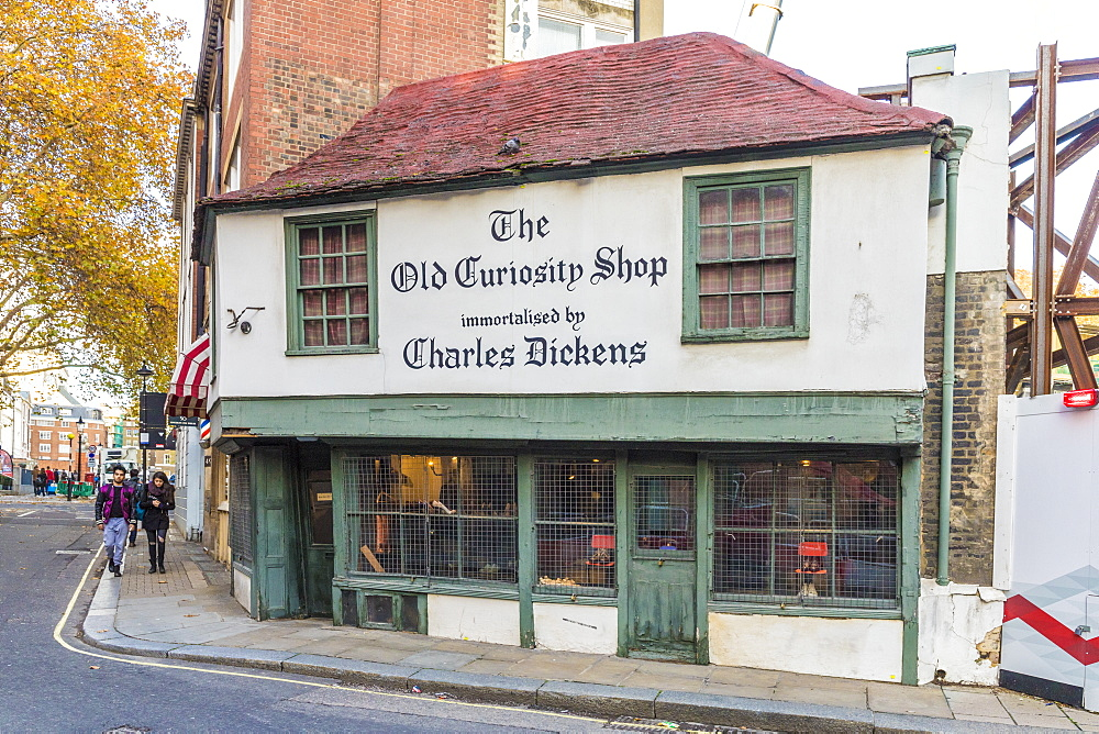 The Old Curiosity shop in Holborn, London, England, United Kingdom, Europe. - 1297-499