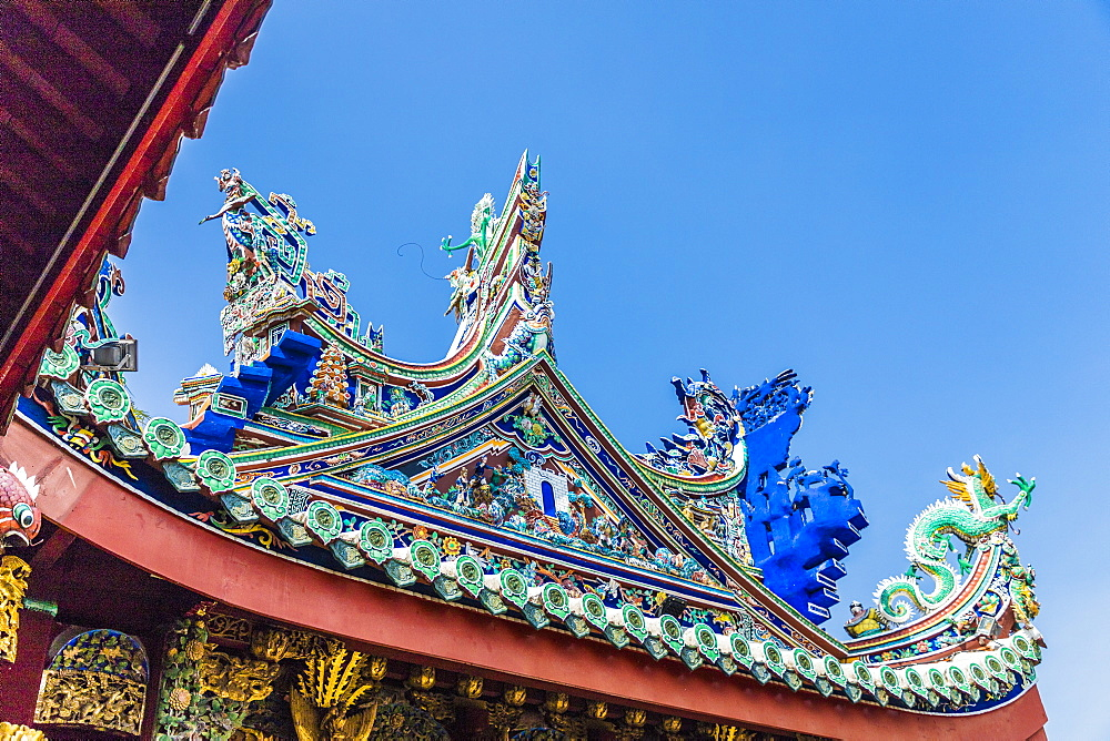 The tiered roof at Khoo Kongsi temple in the UNESCO heritage area of George Town, Penang Island, Malaysia, Southeast Asia, Asia.