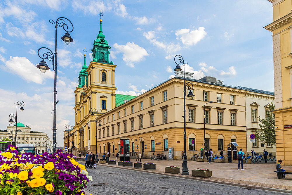 The Holy Cross Church in the Old Town, a UNESCO World Heritage site in Warsaw, Poland, Europe. - 1297-893