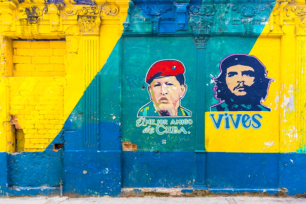 A colourful mural of Che Guevara in Havana, Cuba, West Indies, Caribbean, Central America