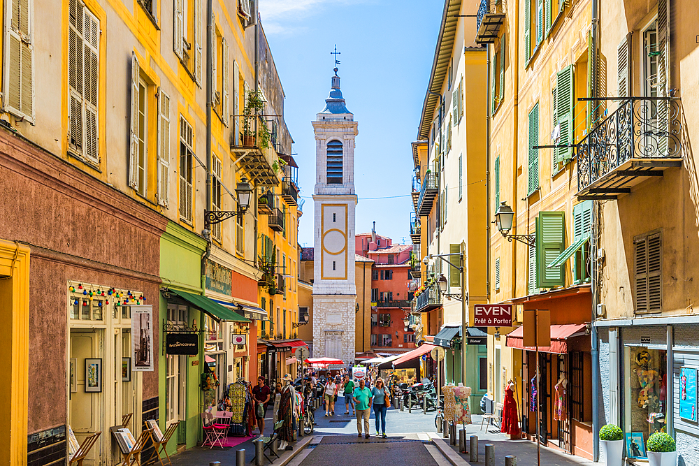 The Cathedral of Saint Reparata in the Old Town, Nice, Alpes Maritimes, Cote d'Azur, French Riviera, Provence, France, Mediterranean, Europe
