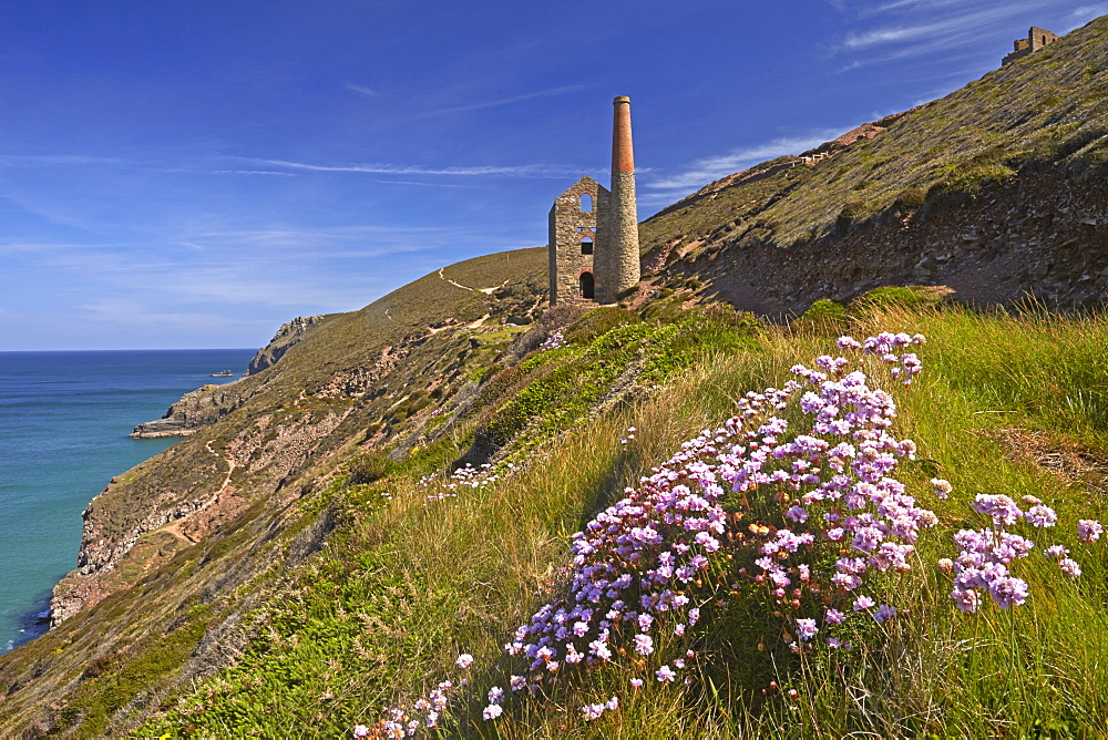 Wheal Coates tin mine and engine house near St. Agnes, UNESCO World Heritage Site, Cornwall, England, United Kingdom, Europe