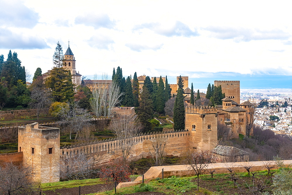 View of Alhambra Palace complex from Generallife, UNESCO World Heritage Site, Granada, Andalucia, Spain, Europe