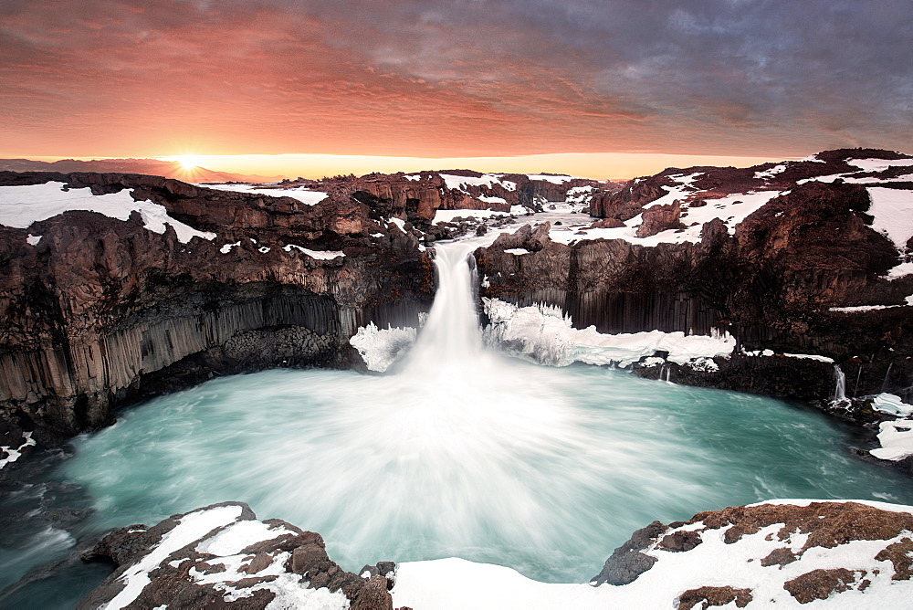 Aldeyjarfoss, hard to get near especially in winter, Iceland, Polar Regions