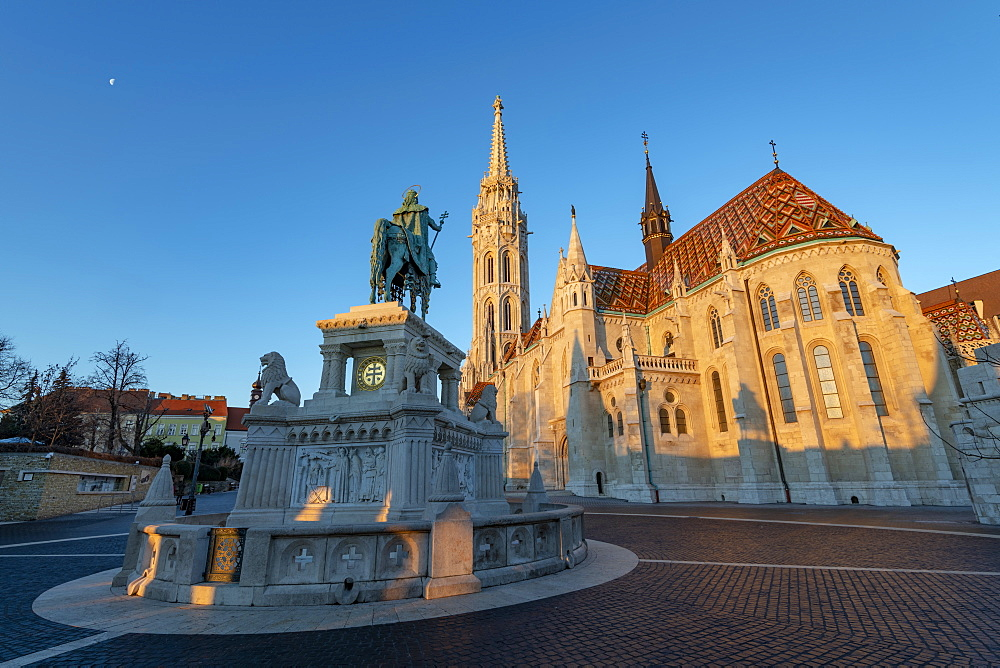 Matyas Church (Matthias Church) at Fisherman's Bastion, Budapest, Hungary, Europe