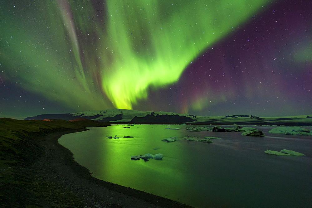 Aurora Borealis (Northern Lights) over Jokulsarlon Glacial Lagoon, South Iceland, Iceland, Polar Regions