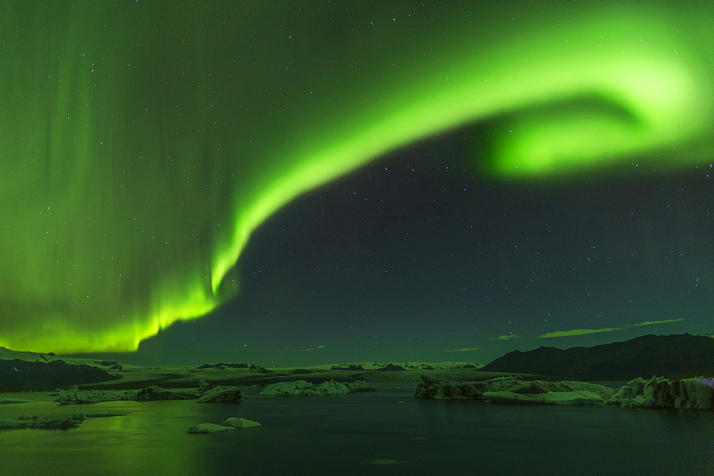 The Aurora Borealis (Northern Lights) display over Jokulsarlon Glacial Lagoon, South Iceland, Iceland, Polar Regions