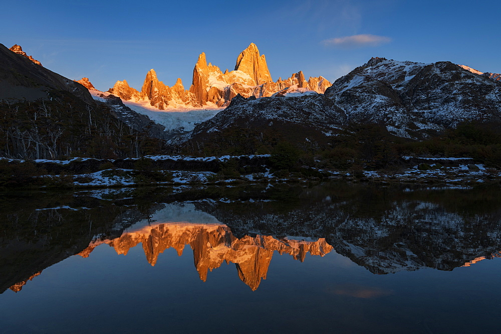Mount Fitz Roy and Cerro Torre at sunrise, Los Glaciares National Park, UNESCO World Heritage Site, El Chalten, Santa Cruz Province, Patagonia, Argentina, South America