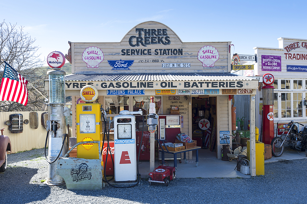 Three Creeks Trading Company, Burkes Pass, Mackenzie Country, Canterbury, South Island, New Zealand, Pacific