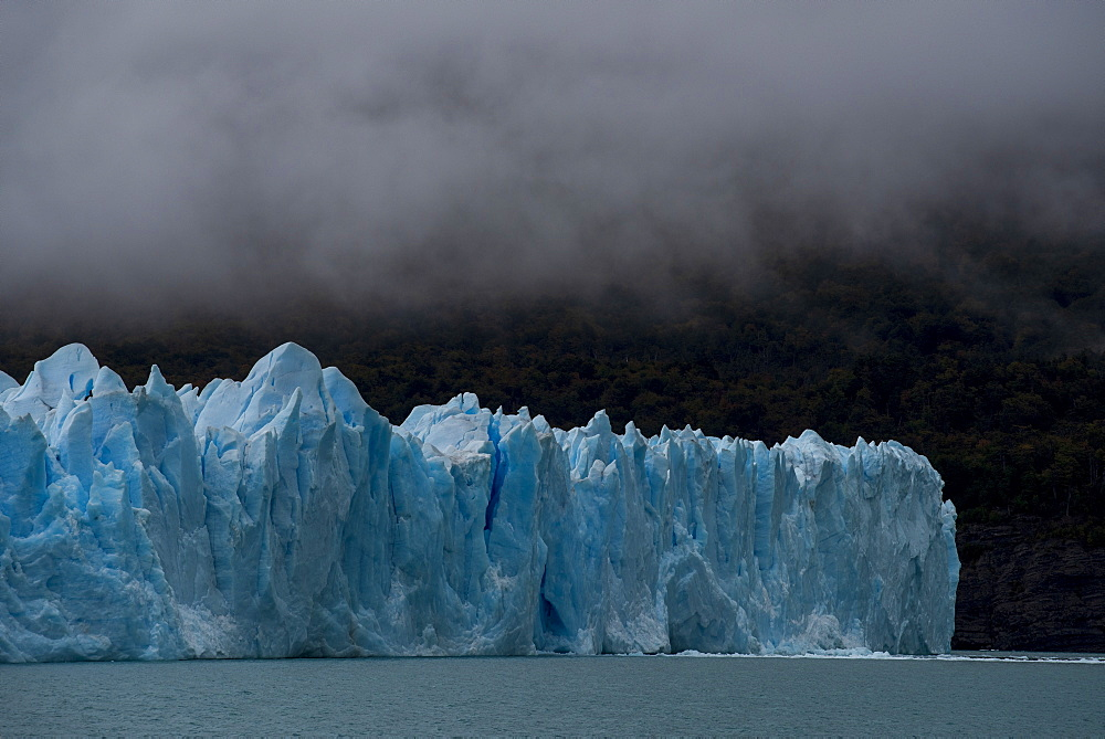 The Perito Moreno Glacier in Los Glaciares National Park, UNESCO World Heritage Site, Santa Cruz Province, Patagonia, Argentina, South America