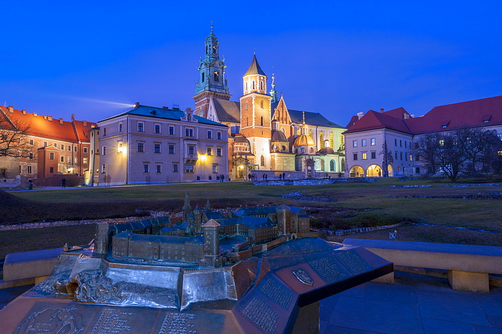 Wawel Castle with bronze model at night,UNESCO World Heritage Site, Krakow, Poland, Europe