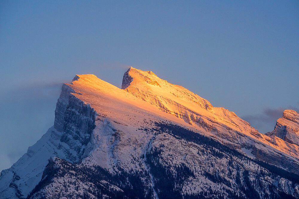 Afternoon light on ount Rundle, Banff National Park, UNESCO World Heritage Site, Alberta, Canada, North America - 1306-721