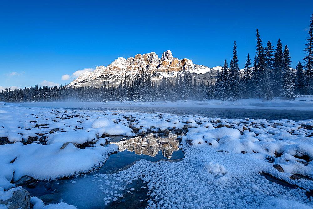 Winter view of Castle Mountain, Banff National Park, UNESCO World Heritage Site, Alberta, Canada, North America