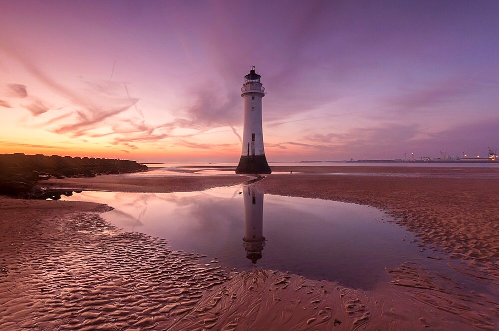 Sunset at Perch Rock Lighthouse, New Brighton, Cheshire, England, United Kingdom, Europe - 1306-772