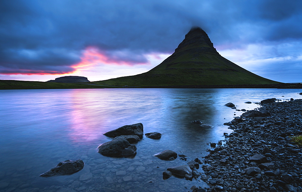 Kirkjufell (Church Mountain) at sunset, Snaefellsnes peninsula, Western Region (Vesturland), Iceland, Polar Regions - 1309-12