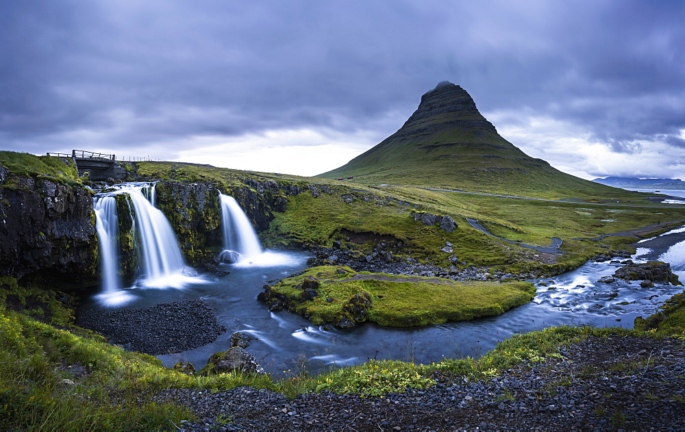 Kirkjufell (Church Mountain) and waterfall near Grundarfjordur, Snaefellsnes peninsula, Western Region (Vesturland), Iceland, Polar Regions