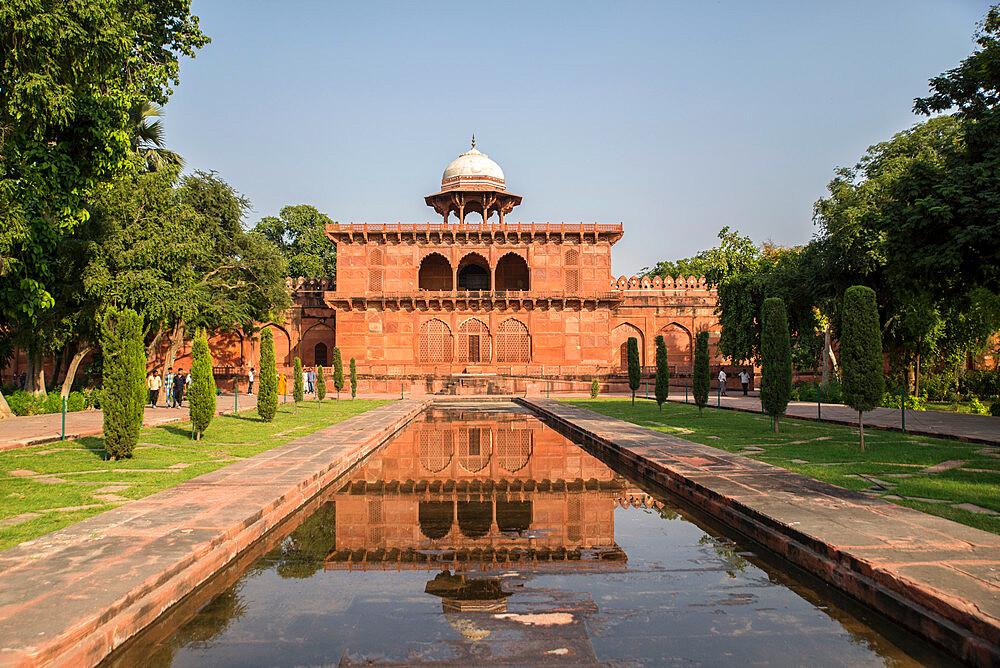 Taj Mahal, UNESCO World Heritage Site, Agra, Uttar Pradesh, India, Asia - 1341-60