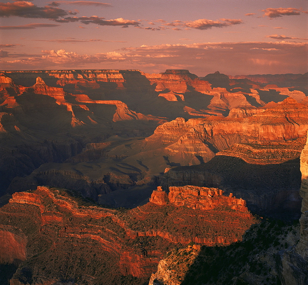 The Grand Canyon at sunset from the South Rim, UNESCO World Heritage Site, Arizona, United States of America, North America