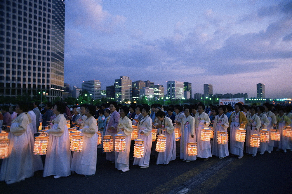 Lantern parade at beginning of Buddha's birthday evening, Yoido Island, Seoul, Korea, Asia