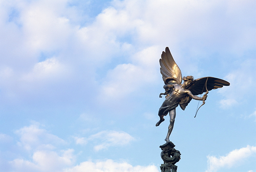 The Statue of Eros, the Greek God of Love, erected in 1892 in memory of the Earl of Shaftesbury, Piccadilly Circus, London, England, United Kingdom, Europe