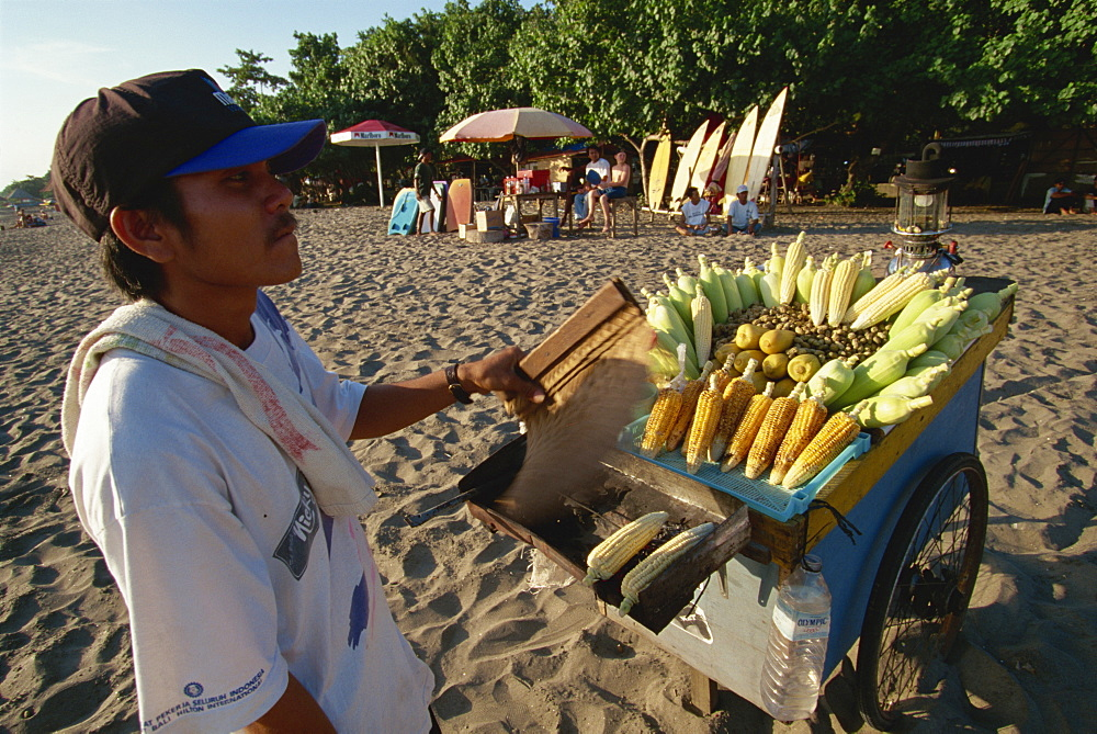 Roasted corn on cart, Legian, Bali, Indonesia, Southeast Asia, Asia
