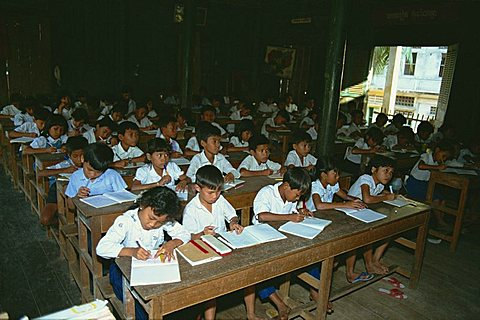 Wat school, Phnom Penh, Cambodia, Indochina, Southeast Asia, Asia