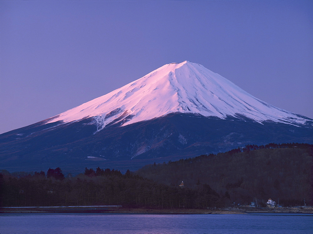 Sunrise on Mount Fuji from Lake Kawaguchi, Yamanashi Prefecture, Japan, Asia - 16-3183