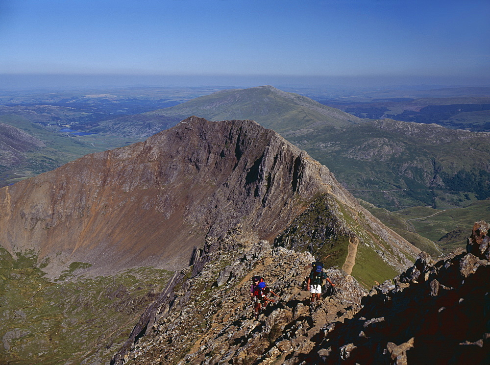Walkers approaching the summit of Mount Snowdon from the ridge of Y Lliwedd, Snowdonia National Park, North Wales, United Kingdom, Europe - 16-3234